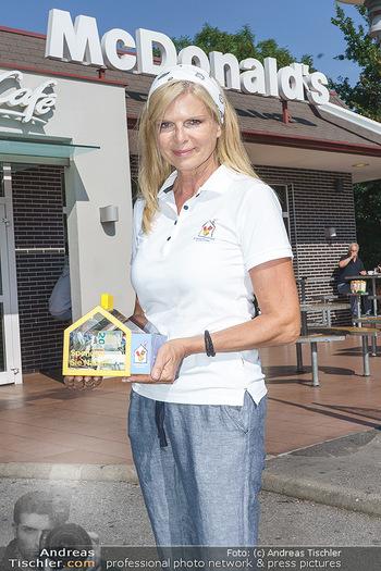 Kinderhilfe Carwash-Day Charity - McDonalds McDrive 1110 und 1230 Wien - Fr 11.09.2020 - Karin SCHMIDT (Präsidentin der Ronald McDonald Kinderhilfe)69