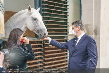 Austrian World Summit 2020 - Stallburg und Hofreitschule - Do 17.09.2020 - Zoran MILANOVIC, Sonja KLIMA mit Lipizzaner Pferd64
