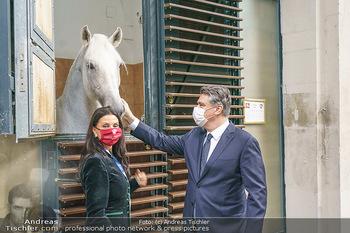 Austrian World Summit 2020 - Stallburg und Hofreitschule - Do 17.09.2020 - Zoran MILANOVIC, Sonja KLIMA mit Lipizzaner Pferd66