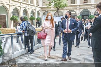 Austrian World Summit 2020 - Stallburg und Hofreitschule - Do 17.09.2020 - Klemens und Barbara HALLMANN (MEIER) mit Corona Maske78