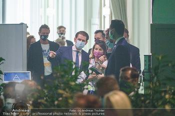 Austrian World Summit 2020 - Stallburg und Hofreitschule - Do 17.09.2020 - Sebastian KURZ mit Corona Schutzmaske MNS Maske103