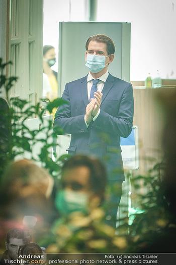 Austrian World Summit 2020 - Stallburg und Hofreitschule - Do 17.09.2020 - Sebastian KURZ mit Corona Schutzmaske MNS Maske108