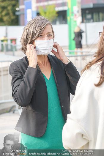 Climate Kirtag - Heldenplatz - Do 17.09.2020 - Birgit HEBEIN mit Corona Schutzmaske64