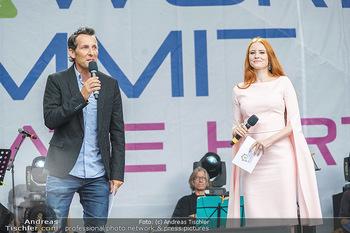 Climate Kirtag - Heldenplatz - Do 17.09.2020 - Tom WALEK und Barbara HALLMANN (MEIER) Moderation moderieren gem78