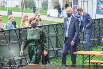Climate Kirtag - Heldenplatz - Do 17.09.2020 - Doris SCHMIDAUER, Alexander VAN DER BELLEN mit Corona Maske95