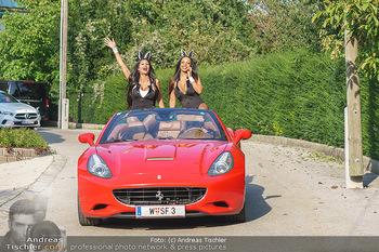 Lugner Reunion Feier - Lugner Privatvilla - Di 22.09.2020 - Tierchen Nina Bambi BRUCKNER und Bahati Colibri Venus fahren mit28