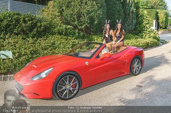 Lugner Reunion Feier - Lugner Privatvilla - Di 22.09.2020 - Tierchen Nina Bambi BRUCKNER und Bahati Colibri Venus fahren mit32