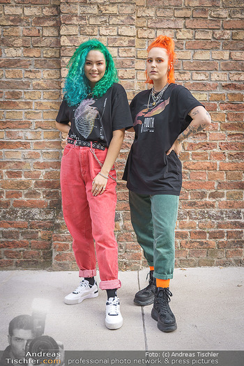 Fototermin Amy Wald - GAB Music Factory - Do 24.09.2020 - Amy WALD, Valentina VALE15