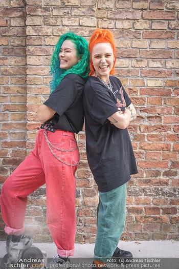 Fototermin Amy Wald - GAB Music Factory - Do 24.09.2020 - Amy WALD, Valentina VALE20