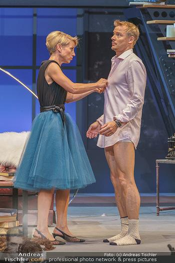 Bühnenfotos Das Abschiedsdinner - Stadttheater Berndorf - Fr 25.09.2020 - 12
