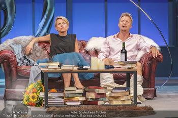 Bühnenfotos Das Abschiedsdinner - Stadttheater Berndorf - Fr 25.09.2020 - 14