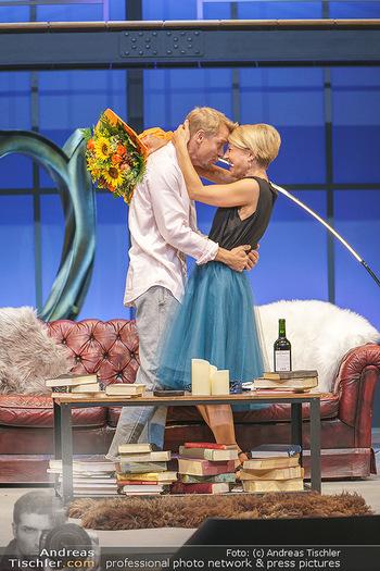 Bühnenfotos Das Abschiedsdinner - Stadttheater Berndorf - Fr 25.09.2020 - Christoph VON FRIEDL, Kristina SPRENGER21