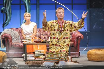 Bühnenfotos Das Abschiedsdinner - Stadttheater Berndorf - Fr 25.09.2020 - Kristina SPRENGER, Christoph VON FRIEDL66