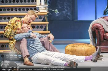 Bühnenfotos Das Abschiedsdinner - Stadttheater Berndorf - Fr 25.09.2020 - Gerhard KASAL, Christoph VON FRIEDL117