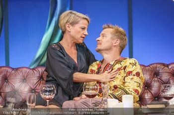 Bühnenfotos Das Abschiedsdinner - Stadttheater Berndorf - Fr 25.09.2020 - Kristina SPRENGER, Christoph VON FRIEDL125