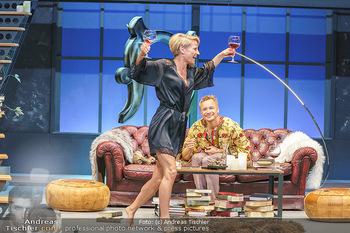 Bühnenfotos Das Abschiedsdinner - Stadttheater Berndorf - Fr 25.09.2020 - Kristina SPRENGER, Christoph VON FRIEDL126