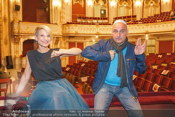 Premiere ´Das Abschiedsdinner´ - Stadttheater Berndorf - Do 01.10.2020 - Christoph FÄLBL, Kristina SPRENGER1