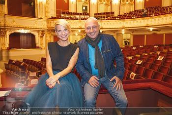 Premiere ´Das Abschiedsdinner´ - Stadttheater Berndorf - Do 01.10.2020 - Christoph FÄLBL, Kristina SPRENGER19