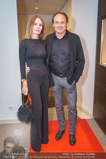 Silvia Schneider- the black collection - Bucherer, Wien - Mo 05.10.2020 - Freddy SCHMID mit Begleitung16