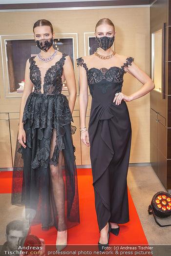 Silvia Schneider- the black collection - Bucherer, Wien - Mo 05.10.2020 - Models mit Corona Schutzmaske18
