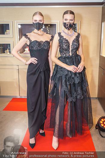 Silvia Schneider- the black collection - Bucherer, Wien - Mo 05.10.2020 - Models mit Corona Schutzmaske19