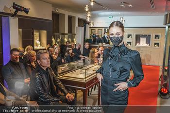 Silvia Schneider- the black collection - Bucherer, Wien - Mo 05.10.2020 - Model am Laufsteg57