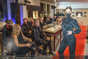Silvia Schneider- the black collection - Bucherer, Wien - Mo 05.10.2020 - Model am Laufsteg58