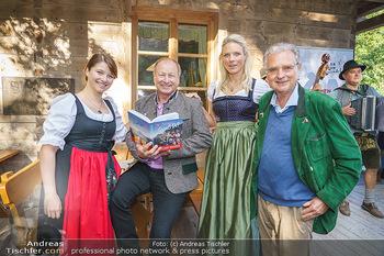 Harry Prünster Buchpräsentation - Tirolerhof Schönbrunn - Do 08.10.2020 - Harry PRÜNSTER mit Tochter Vera, Niko und Herbert FECHTER16