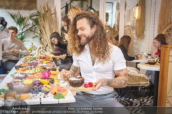 Influencer mixen Bowls - Oio Poke, Wien - So 18.10.2020 - Hank GE18
