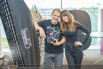 DAC Kalendershooting - BMW Wien Heiligenstadt - Mo 19.10.2020 - Manfred und Nelly BAUMANN6