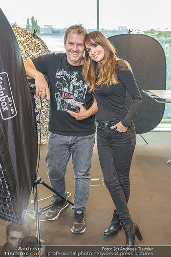 DAC Kalendershooting - BMW Wien Heiligenstadt - Mo 19.10.2020 - Manfred und Nelly BAUMANN8