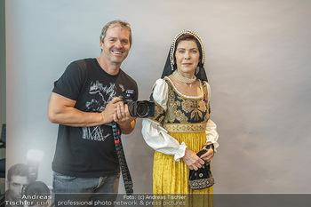 DAC Kalendershooting - BMW Wien Heiligenstadt - Mo 19.10.2020 - Manfred BAUMANN, Anja KRUSE40