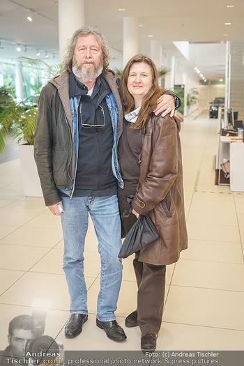 DAC Kalendershooting - BMW Wien Heiligenstadt - Mo 19.10.2020 - Peter CORNELIUS mit Ehefrau Ulrike67