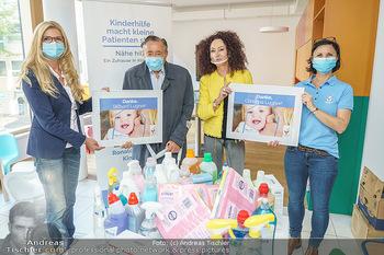 Lugners spenden Putzmittel - Kinderhilfehaus Wien - Di 20.10.2020 - Richard und Christina LUGNER, Karin SCHMIDT, Petra RIEDL22