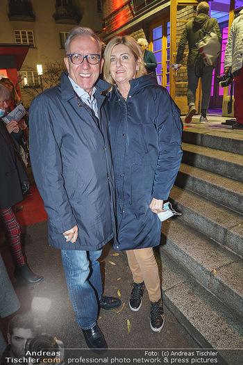 Premiere ´Der Herr Karl´ - Rabenhof Theater, Wien - Di 20.10.2020 - Rudolf KASKE mit Ehefrau20