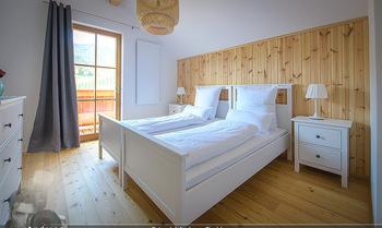 Neue Chalets am Schneeberg - Puchberg am Schneeberg - Fr 23.10.2020 - gemütliches Schlafzimmer, Holz, Wärme, Betten, hell28