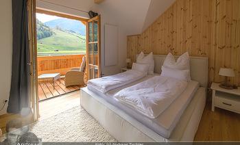 Neue Chalets am Schneeberg - Puchberg am Schneeberg - Fr 23.10.2020 - gemütliches Schlafzimmer, Holz, Wärme, Betten, hell45