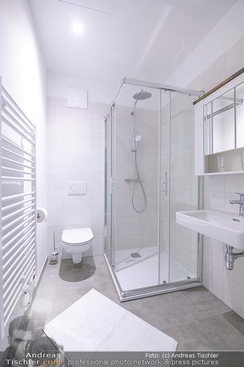 Neue Chalets am Schneeberg - Puchberg am Schneeberg - Fr 23.10.2020 - Badezimmer Ausstattung WC Waschtisch Dusche47
