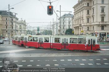 Big Bus Citytour - Wien - So 25.10.2020 - alte historische Straßenbahn am Schwarzenbergplatz Wien ohne Au4