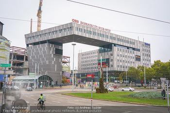 Big Bus Citytour - Wien - So 25.10.2020 - Architektur am neuen Westbahnhof Wien28