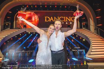 Dancing Stars 2020 Finale - ORF Zentrum - Fr 27.11.2020 - Michi Michaela KIRCHGASSER, Vadim GARBUZOV1