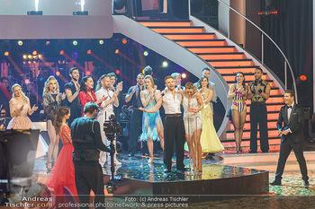 Dancing Stars 2020 Finale - ORF Zentrum - Fr 27.11.2020 - Verkündung der Sieger, Michi KIRCHGASSER, Vadim GARBUZOV, alle 3