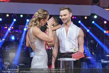 Dancing Stars 2020 Finale - ORF Zentrum - Fr 27.11.2020 - Michi Michaela KIRCHGASSER, Vadim GARBUZOV5