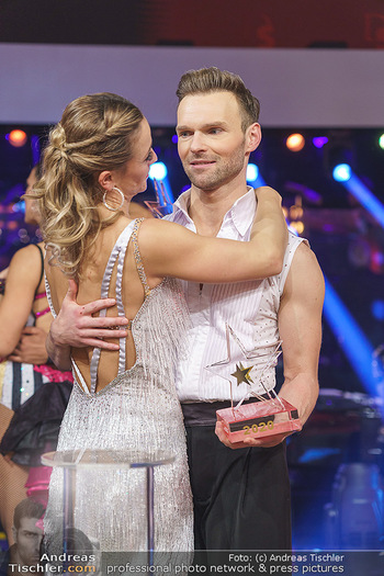 Dancing Stars 2020 Finale - ORF Zentrum - Fr 27.11.2020 - Michi Michaela KIRCHGASSER, Vadim GARBUZOV7