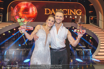 Dancing Stars 2020 Finale - ORF Zentrum - Fr 27.11.2020 - Michi Michaela KIRCHGASSER, Vadim GARBUZOV8