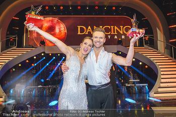 Dancing Stars 2020 Finale - ORF Zentrum - Fr 27.11.2020 - Michi Michaela KIRCHGASSER, Vadim GARBUZOV9