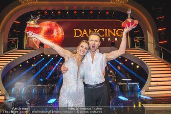 Dancing Stars 2020 Finale - ORF Zentrum - Fr 27.11.2020 - Michi Michaela KIRCHGASSER, Vadim GARBUZOV10