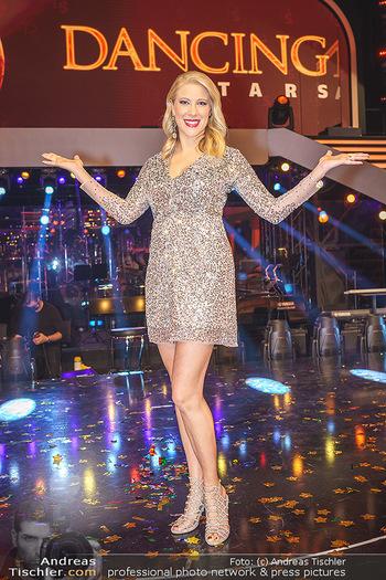 Dancing Stars 2020 Finale - ORF Zentrum - Fr 27.11.2020 - Maria SANTNER21