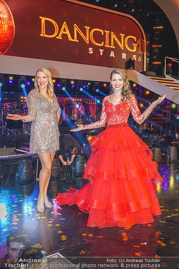 Dancing Stars 2020 Finale - ORF Zentrum - Fr 27.11.2020 - Maria SANTNER, Kristina INHOF22