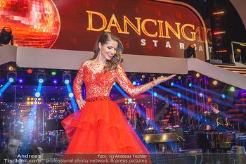 Dancing Stars 2020 Finale - ORF Zentrum - Fr 27.11.2020 - Kristina INHOF26